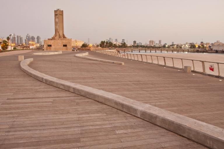 נמל תל אביב - המגדלור - דק (6)תמונה מובילה